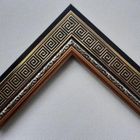 Khung tranh viền đen, hoa văn màu kim loại đẹp và sang trọng