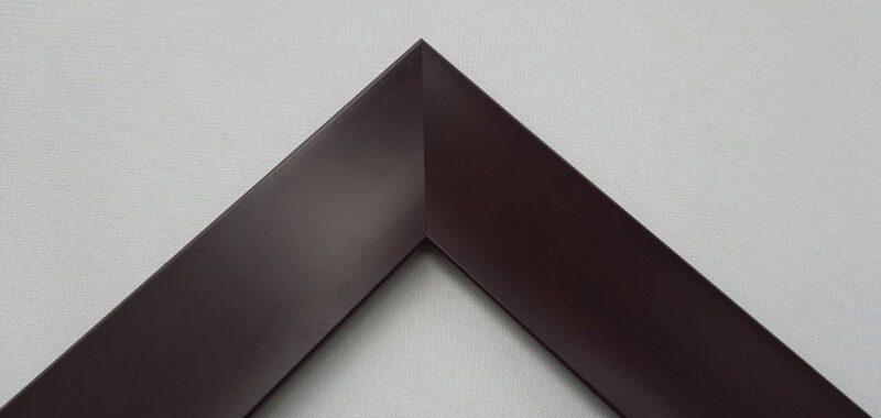 Khung tranh màu nâu bề mặt phẳng mịn đơn giản và đẹp