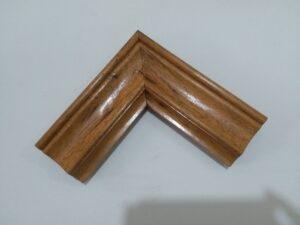 Khung tranh gỗ gõ đỏ cao cấp đẹp và sang trọng